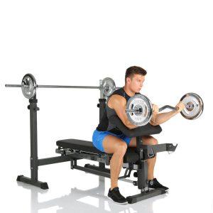 Biceps curl op de Finnlo Rexxus halterbank