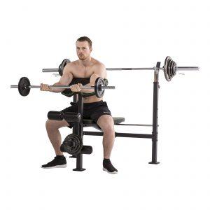 Biceps curl op de Tunturi WB60 Halterbank